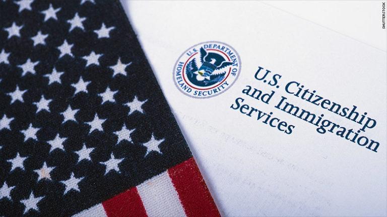 ¿Más control migratorio? Removido jefe de asilo de EE.UU.