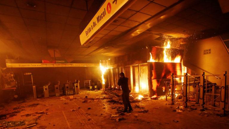 Protestas: Gobierno decreta Estado de Emergencia en Chile