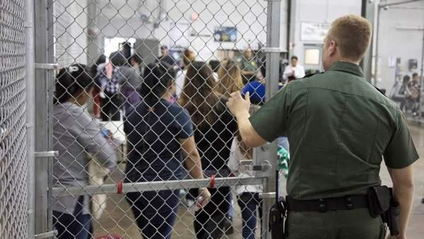 Año fiscal 2019: Casi un millón de inmigrantes detenidos en frontera