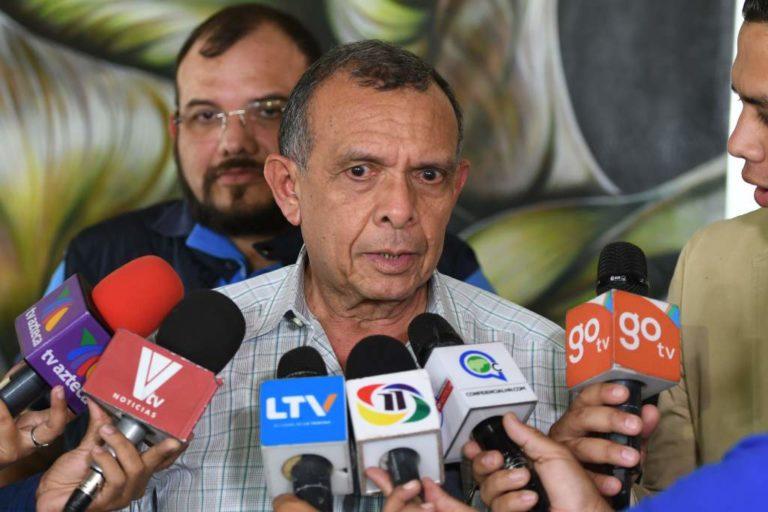 Lobo acusa a presidente de Honduras de ordenar su asesinato