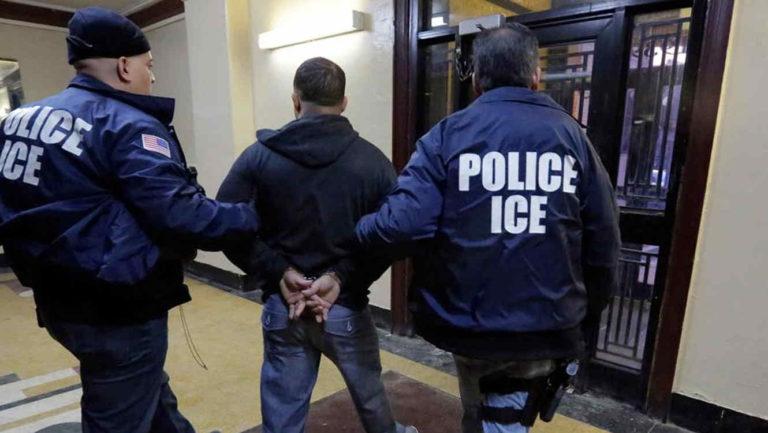 Orden de juez favorecerá defensa para evitar deportación