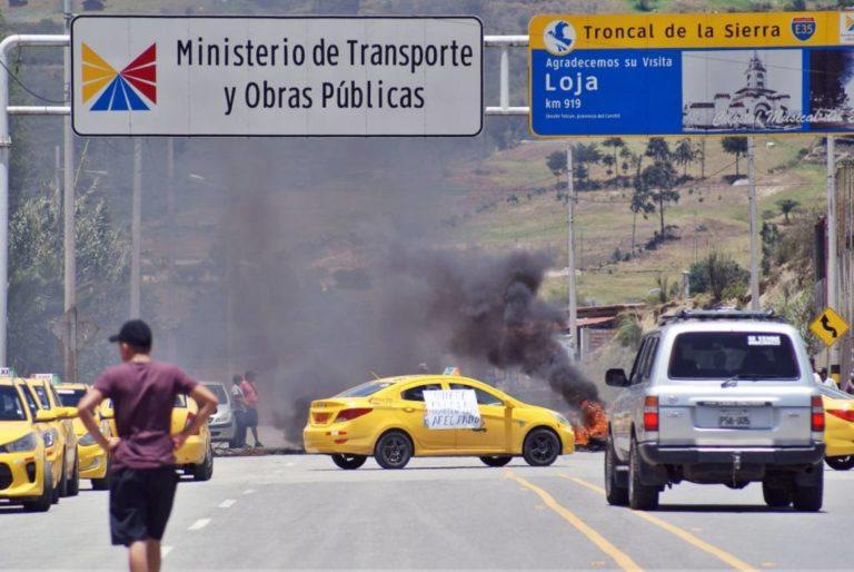 ¿Cesa conflicto? Levantan paro de transporte en Ecuador