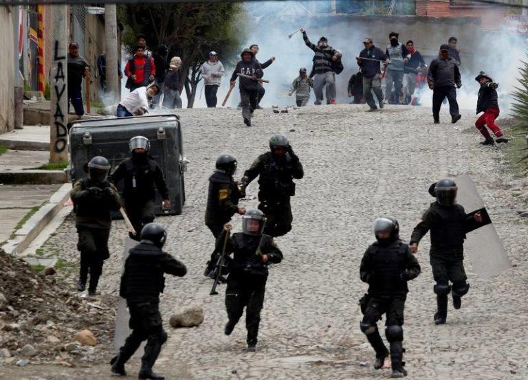 ¡Estallido civil!: EE.UU pide a sus ciudadanos no viajar a Bolivia