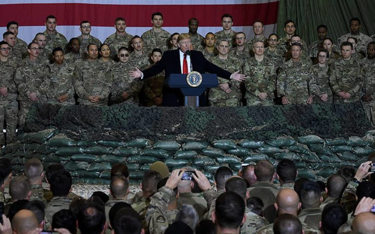 Trump visitó a tropas en Afganistán por Thanksgiving