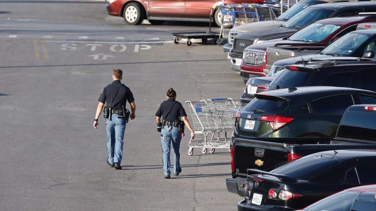 ¡Otro tiroteo! Al menos tres muertos en Walmart de Oklahoma