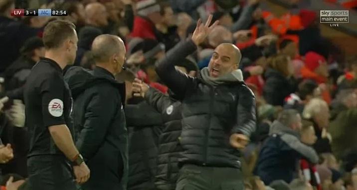 Guardiola explotó y encaró al árbitro en Anfield Red