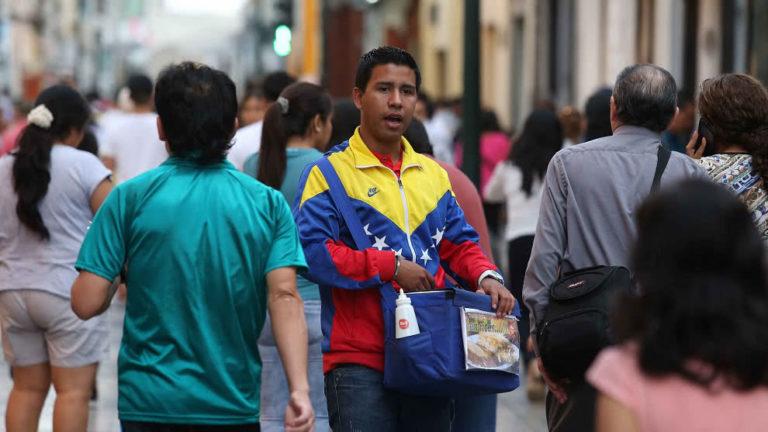ONU: 400 venezolanos en Perú y Colombia tendrán formación vocacional
