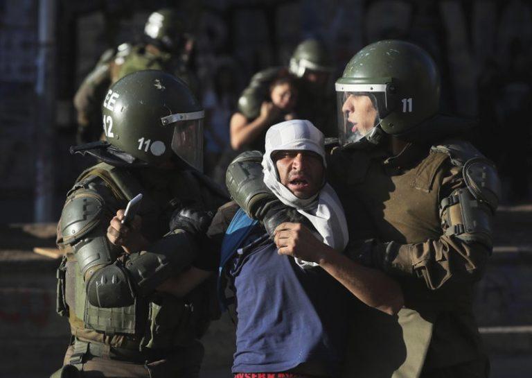 Chile anuncia consejo especial para reformar su policía