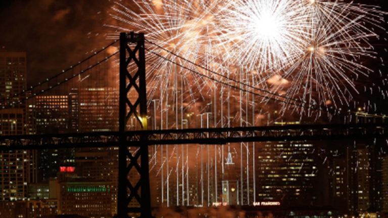 Piden no disparar al aire en festejos de Año Nuevo en EEUU