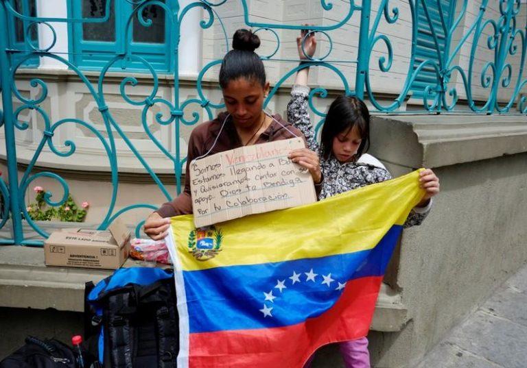 Bolivia ahora es una opción para los venezolanos que huyen del régimen