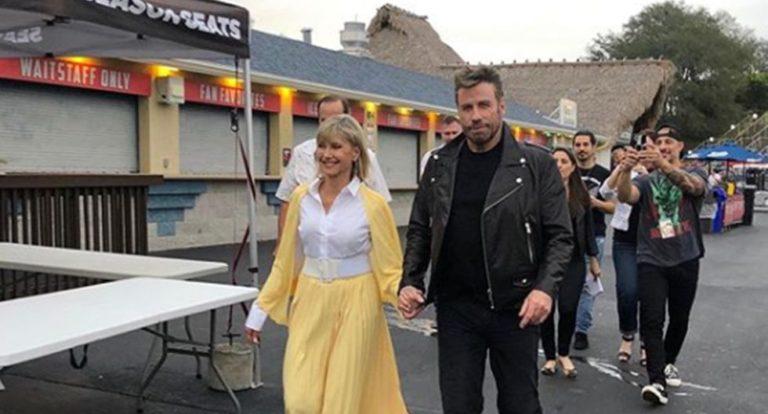 Travolta y Newton – John fueron Sandy y Danny un día más