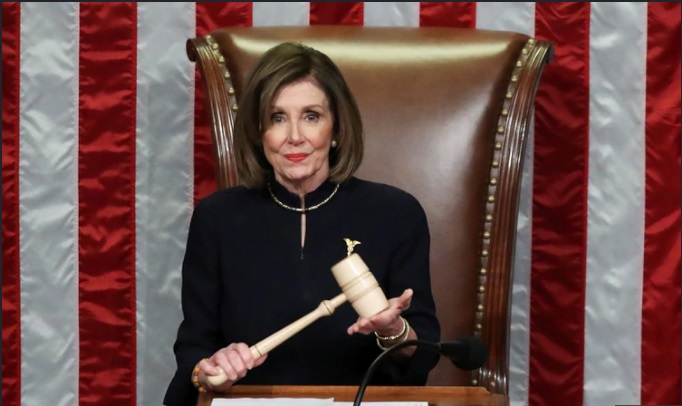 Próximo paso: Pelosi aún no enviará cargos de Impeachment al Senado