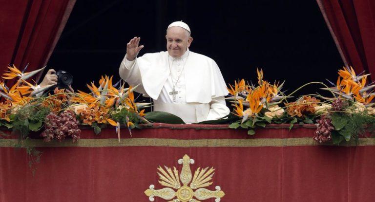 Papa abogó por migrantes en su mensaje de Navidad