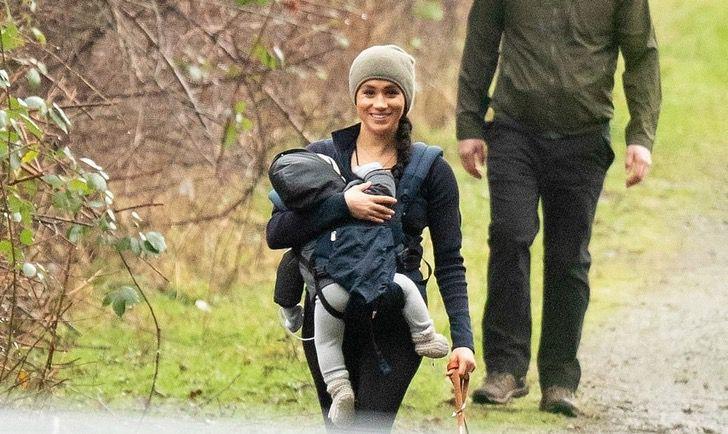 ¡Nueva vida! Meghan y Archie de paseo por el parque
