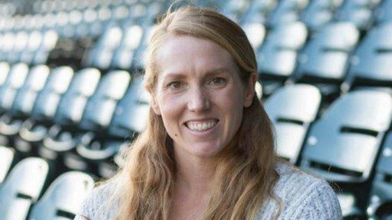 Una mujer hace historia en Grandes Ligas