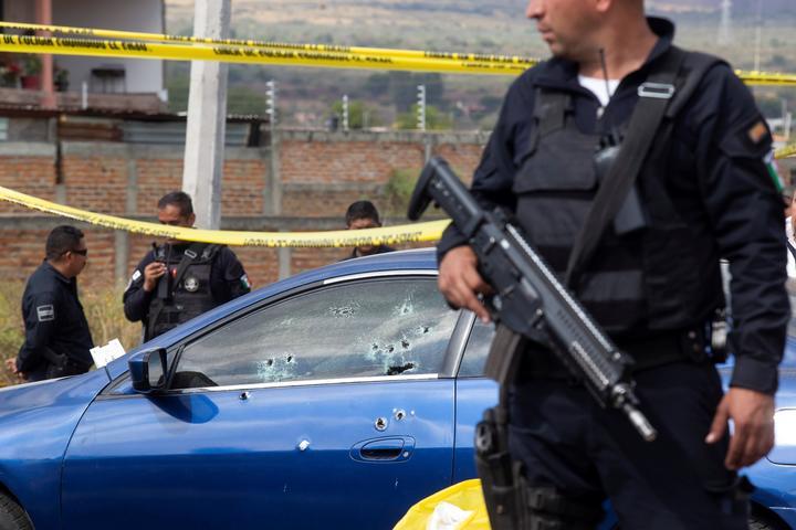 ¡Balacera! Policías y narcos se enfrentaron más de una hora