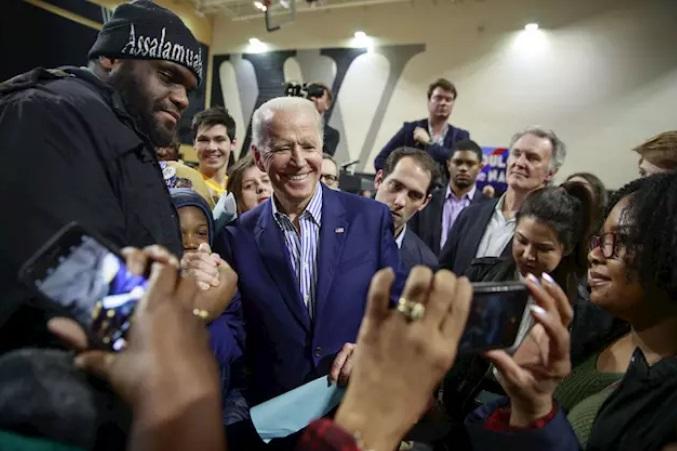 Biden favorito en primarias de Carolina del Sur