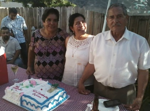 ¡Conmovedor! Reunió a su familia después de tres décadas