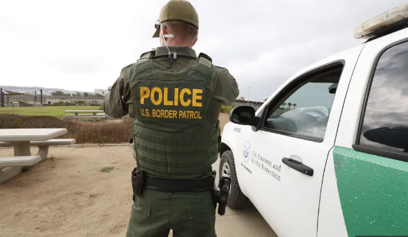 DHS defiende envío de agentes para ayudar a ICE