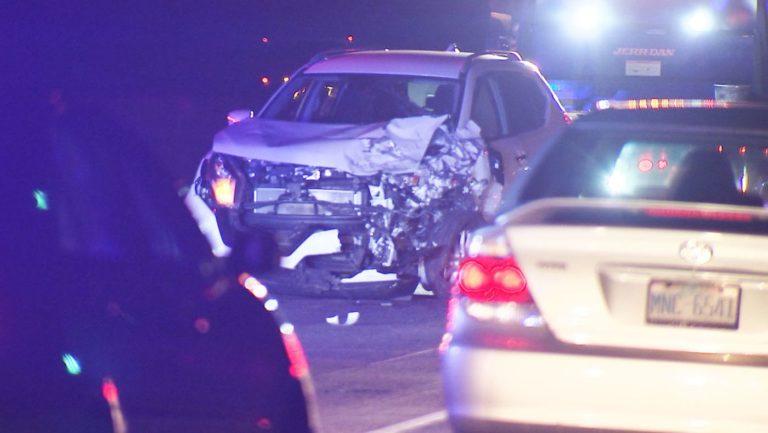 Conductor impactó contra Patrulla de Carreteras y Policía