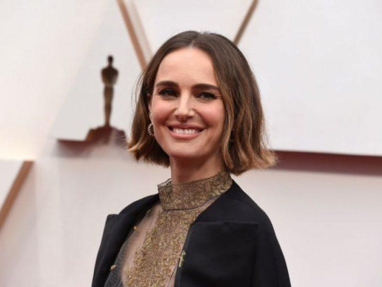 Natalie Portman lleva a los Oscar un mensaje feminista