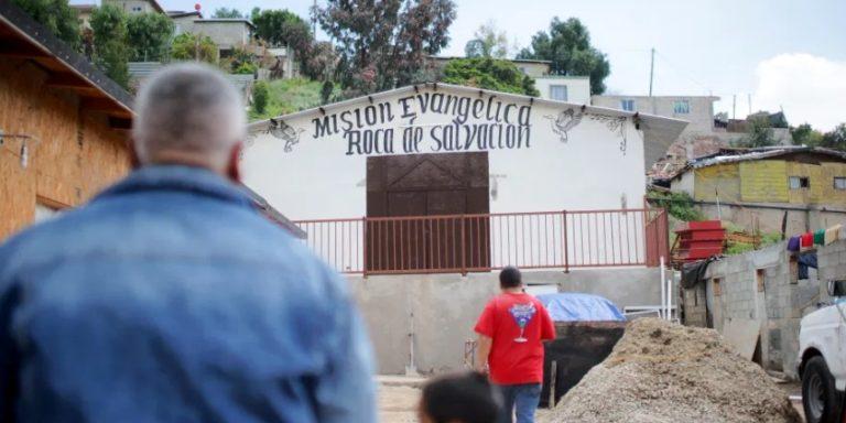 Construyen refugio para migrantes con COVID-19