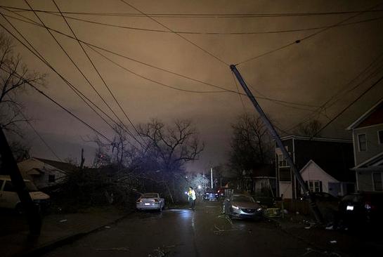 Tornados en Tennessee dejan nueve muertos