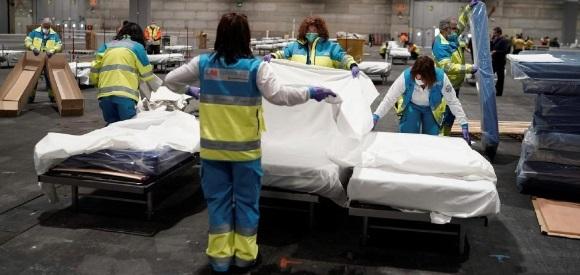 ¡Otro récord! España registra 838 muertos en 24 horas