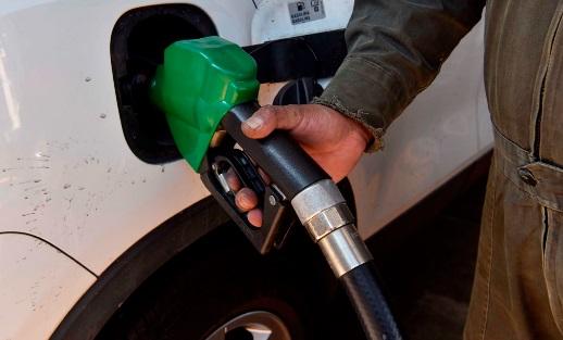 COVID-19 impacta costos de la gasolina en NC