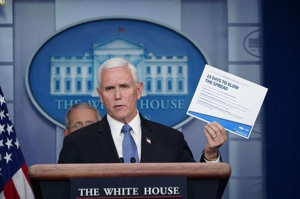 Darán datos a Trump para decisión de reabrir EEUU