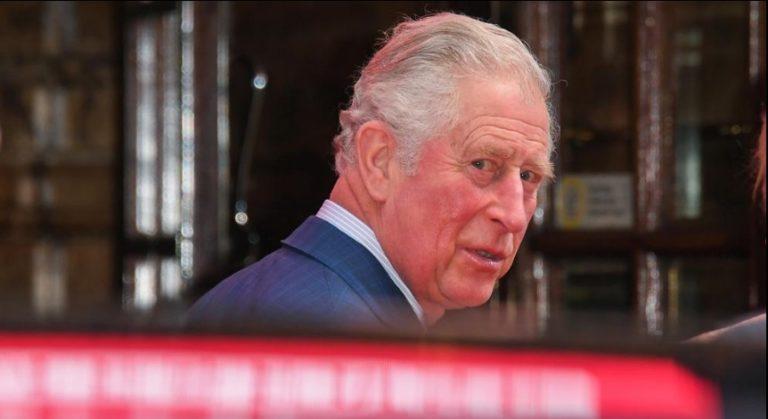 Príncipe Carlos de Inglaterra tiene coronavirus