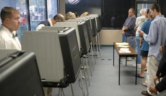 Cerca de 230 mil hispanos votarán en NC