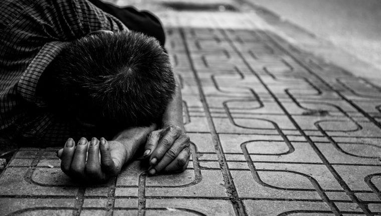 Mujer dejó 9 días a un niño sin servicios básicos ni comida