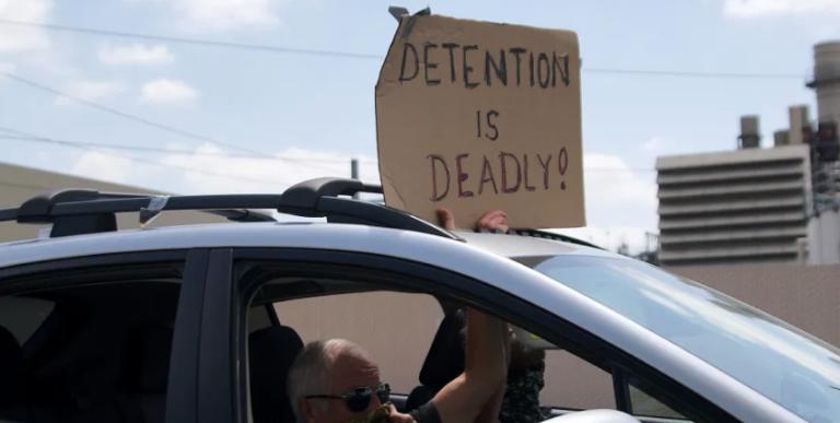 Detenidos de Otay Mesa en huelga de hambre