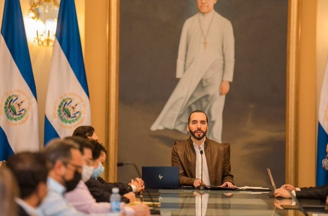 El Salvador extiende cuarentena por 15 días más