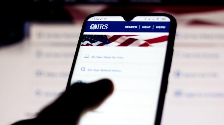 IRS lanza herramientas de ayuda online por Covid-19