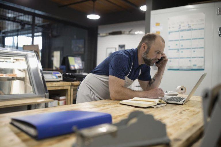 Aprobados préstamos para pequeñas empresas