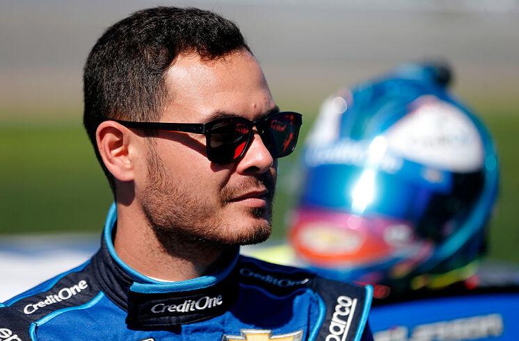 NASCAR suspendió a piloto por insulto racial