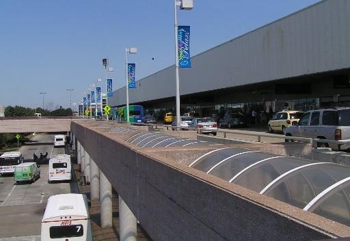 Aeropuerto de Charlotte implementa medidas para retomar vuelos