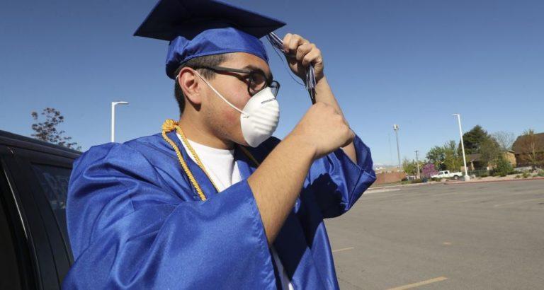 Graduaciones presenciales en Union: Cooper dice NO y la Junta Escolar votó SI