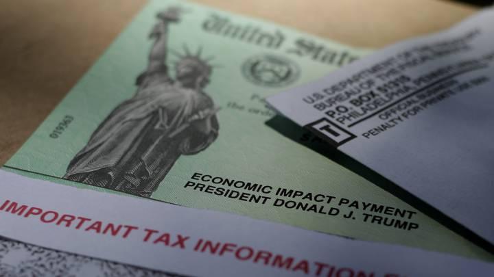 No bancarizados deben esperar por cheques federales