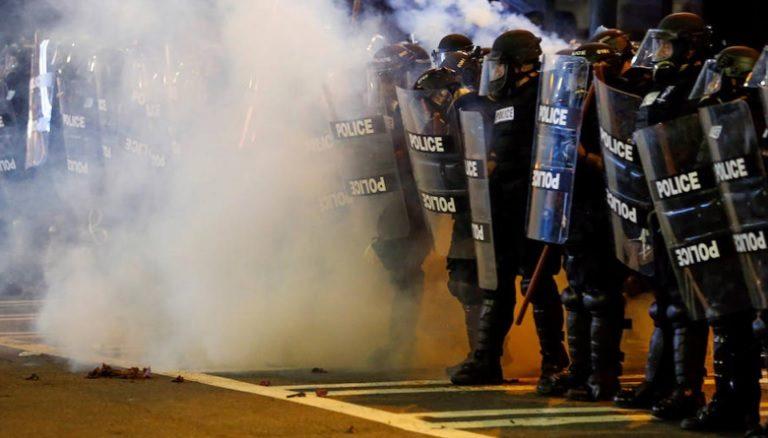 Eliminarán los gases lacrimógenos durante las protestas