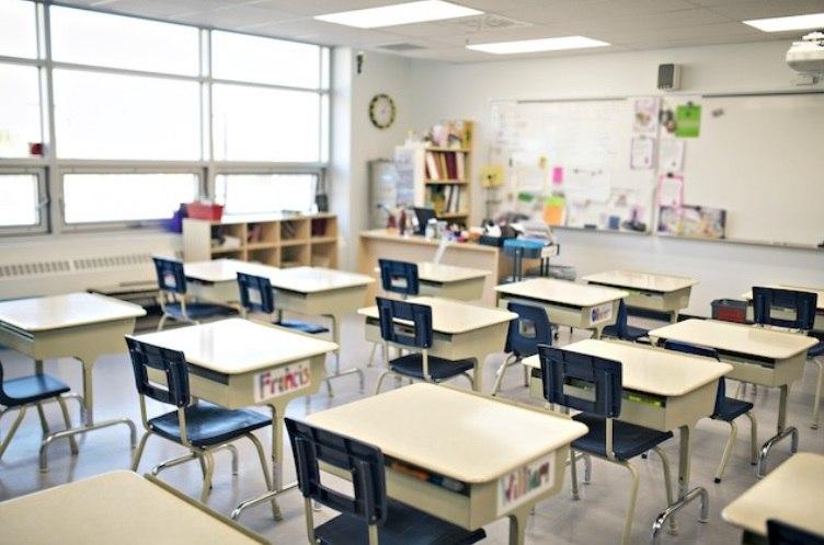 Autoridades presentan plan de regreso a clases en N.C