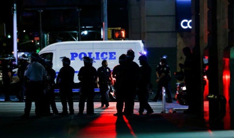 Kendrick Sampson y John Cusack agredidos durante protestas en EE.UU