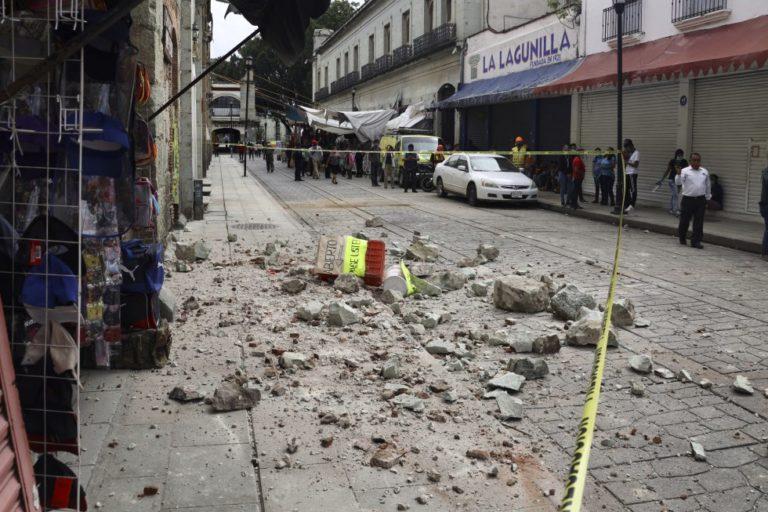 Aumentan a seis los muertos por terremoto en México mientras siguen las réplicas