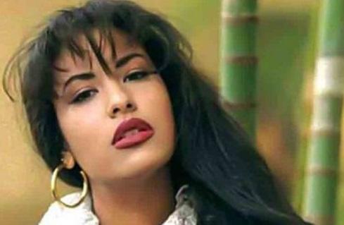 Familia de Selena exige no usar su imagen en acto de Trump