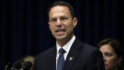 Los muertos no votaron en Pensilvania, dice el fiscal general del estado