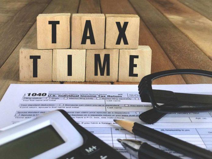 La declaración de impuestos-se-pospone hasta el 12 de febrero