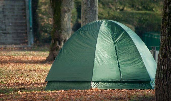 Campamento de Tent City despejado y listo para limpieza