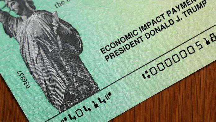 Avanza en el Senado plan de estímulo económico que prevé cheques de $1.400
